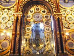horloge-astronomique-cathedrale-beauvais-080708.jpg